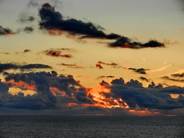 ogniem malowane #zachód #morze