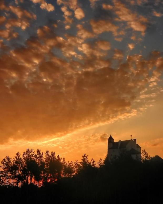 Bobolice w ogniu #zachód #Bobolice #zamek