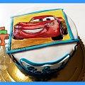 Tort z malowanym Zygzakiem z bajki Auta #auta #bajka #cars #tort #TortyArtystyczne #TortyKraków #TortyWalentynki #ZygzakMcgueen