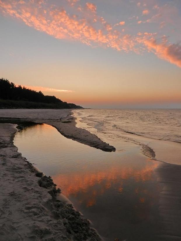 zorza ...inna (nie polarna, nie poranna, może po...brzeżna ;)) #zorza #morze #plaża #sunlight #sunlit