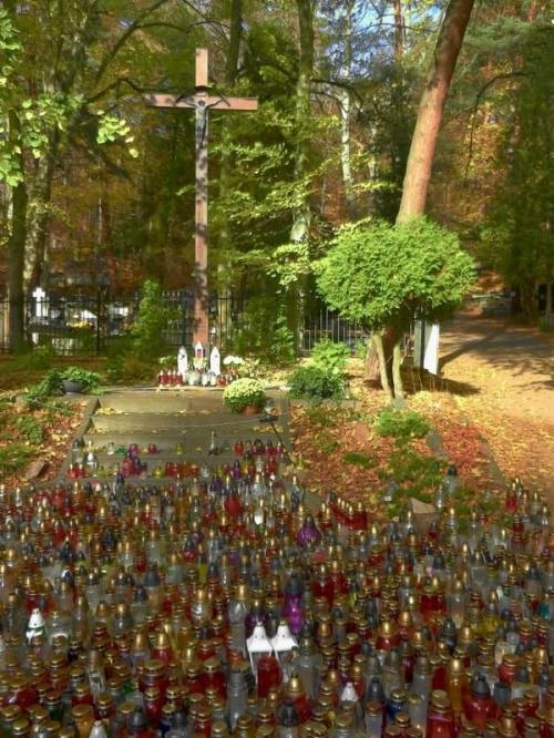 krzyż #pamięć #cmentarz